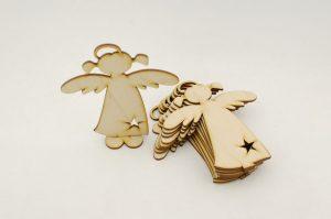 Anioł stojący - świąteczne dekoracje i ozdoby
