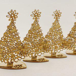 Choinka ażurowa - zimowe dekoracje i ozdoby