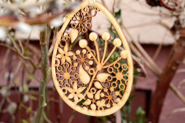 Kwiecista pisanka wielkanocna - dekoracje i ozdoby