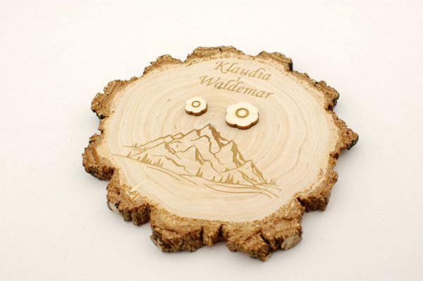 Podstawka na obrączki - drewniana, z grubą korą