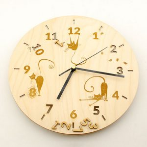 Zmiana czasu na zimowy - zegar ścienny z Twoim projektem